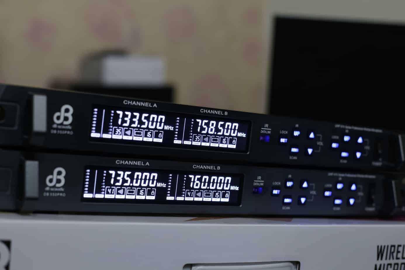 Mic dB Acoustic dB550 Pro chuyen karaoke