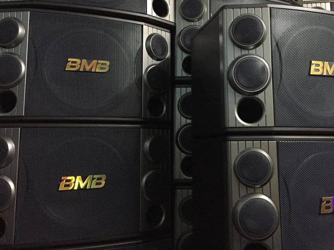loa-bmb-2000-hang-bai-xin